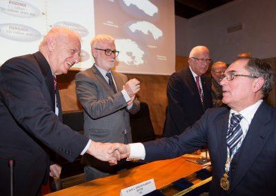 O Prof. Dr. D. Ramón Vidal Romaní, novo Académico Numerario da RAGC