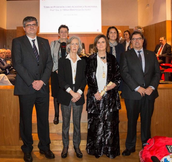Ingreso da Prof. Dra. Minia Manteiga na Real Academia Galega de Ciencias