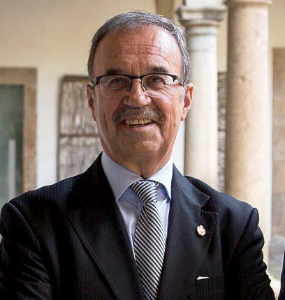 El Presidente da RAGC pide a las autoridades académicas y a los partidos políticos un mayor compromiso con la  ciencia