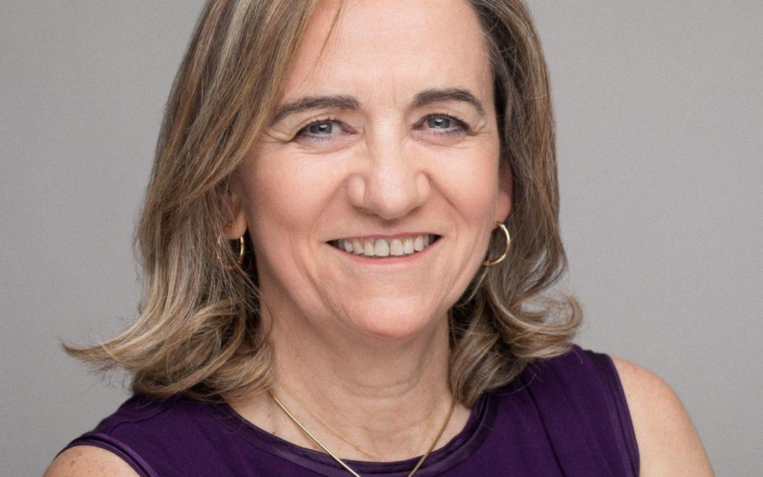 A Prof. Maria Jose Alonso reconocida polo premio Astra-Zeneca