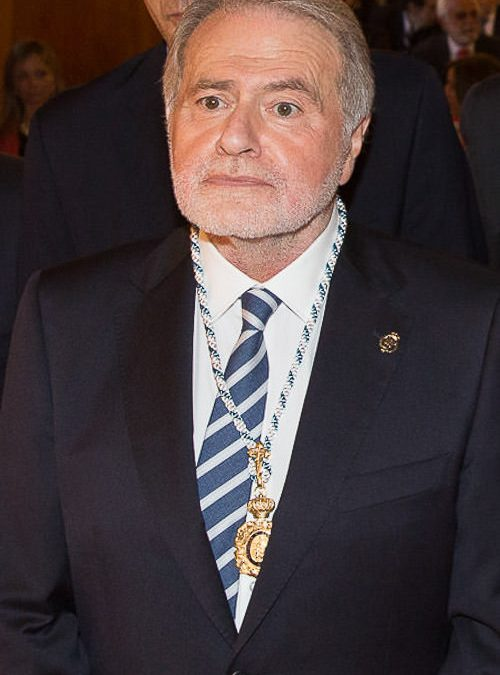 Fondo pesar na RAGC polo pasamento do profesor Luis Caramés Viéitez