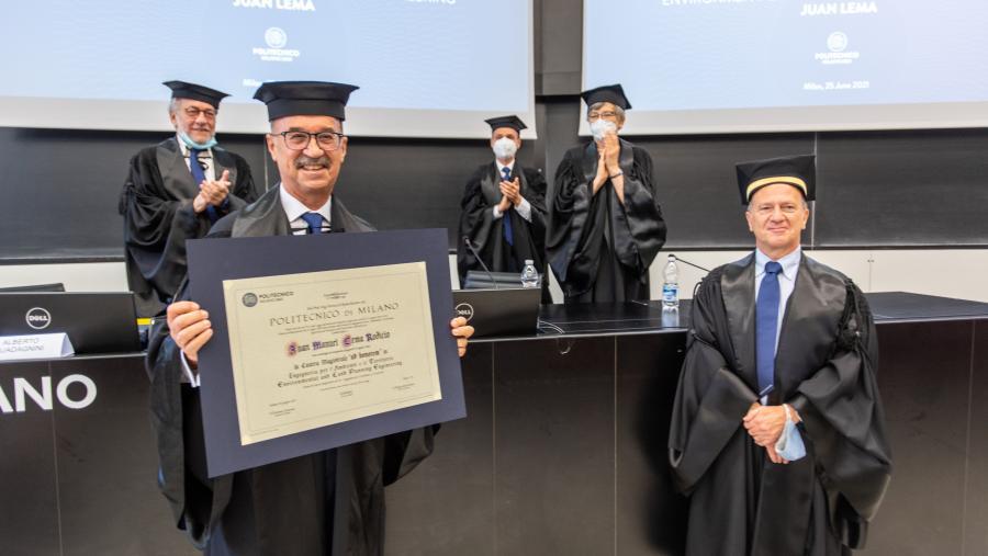 Juan Lema, presidente da RAGC, recoñecido polo Politécnico de Milán coa 'Laurea Magistralis ad Honorem'